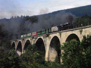 Auf dem Grub-Viadukt